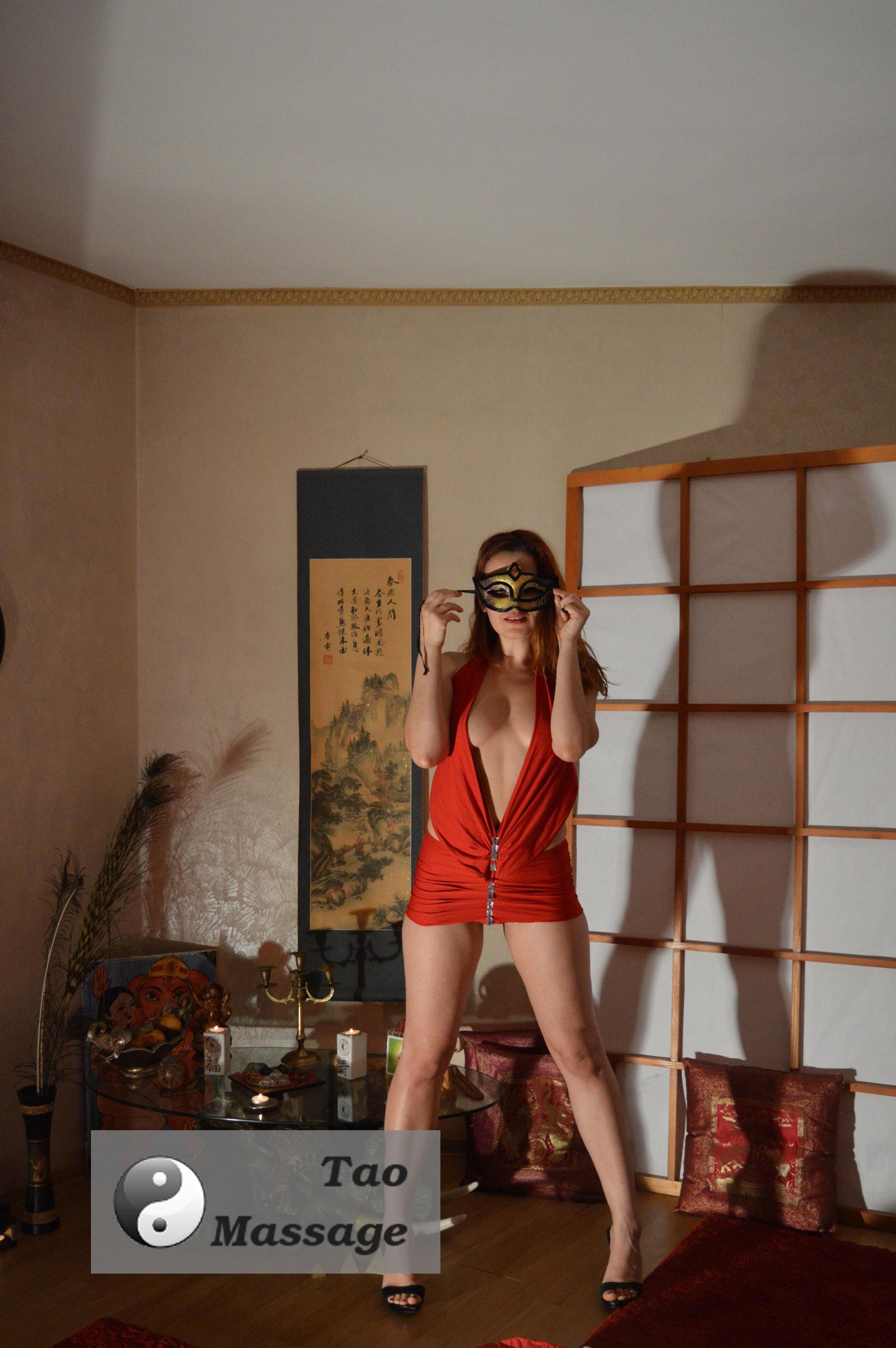 massage-girl-tara
